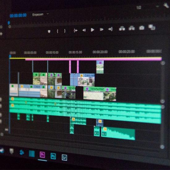 pantalla de ordenador donde se monta video